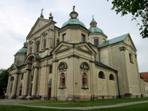 Sanktuarium w Studziannej-Poświetnem. Fot. Mr SCOTT - panaszonik.blogspot.com