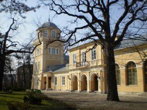 Pałac Ostrowskich, siedziba Muzeum im. A. hr. Ostrowskiego. Fot. muzeumtomaszow.pl